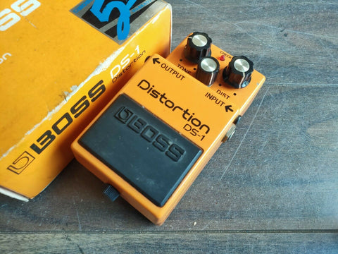 1987 Boss DS-1 Distortion Black Label Effects Pedal w/Box