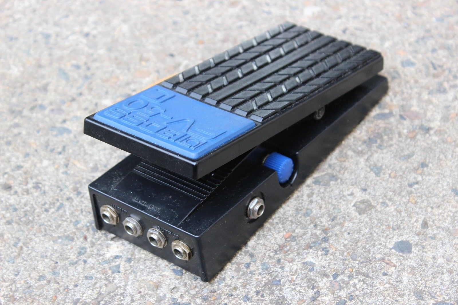 Boss Roland FV-50L Foot Volume Effects Pedal