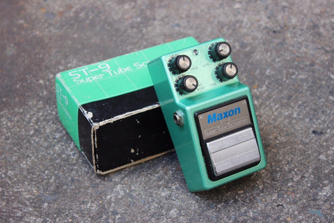 1984 Maxon ST-9 Super Tubescreamer MIJ Japan Effects Pedal w/Box
