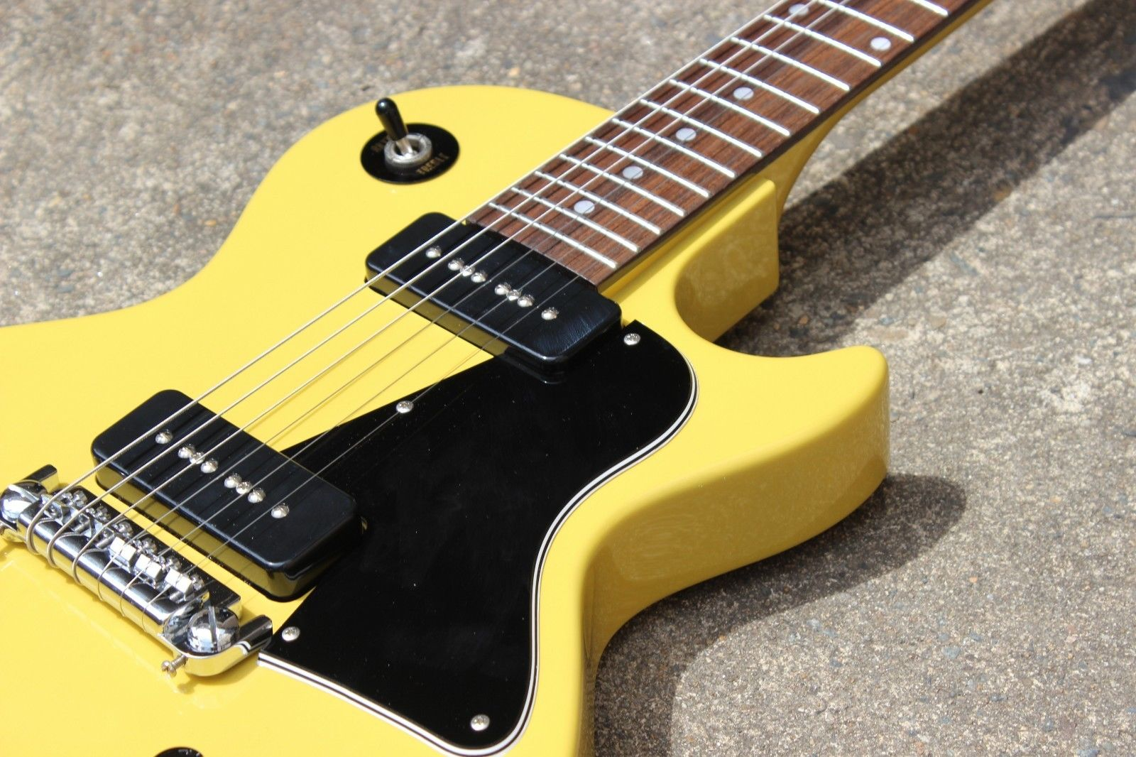 2012 History/Cool Z Japan Les Paul Special Fujigen MIJ (TV Yellow) w/Gigbag