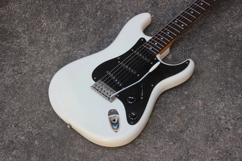 1979 Greco SE-500J Jeff Beck Stratocaster Electric Guitar Japan (White)