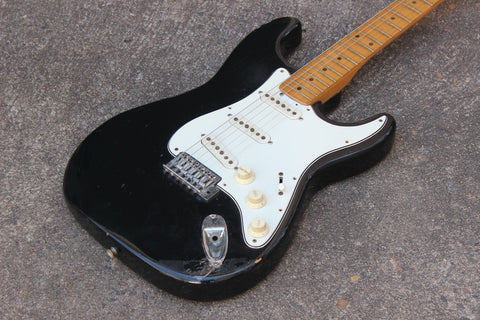 1974 Greco SE-500B Stratocaster Electric Guitar Japan (Black)