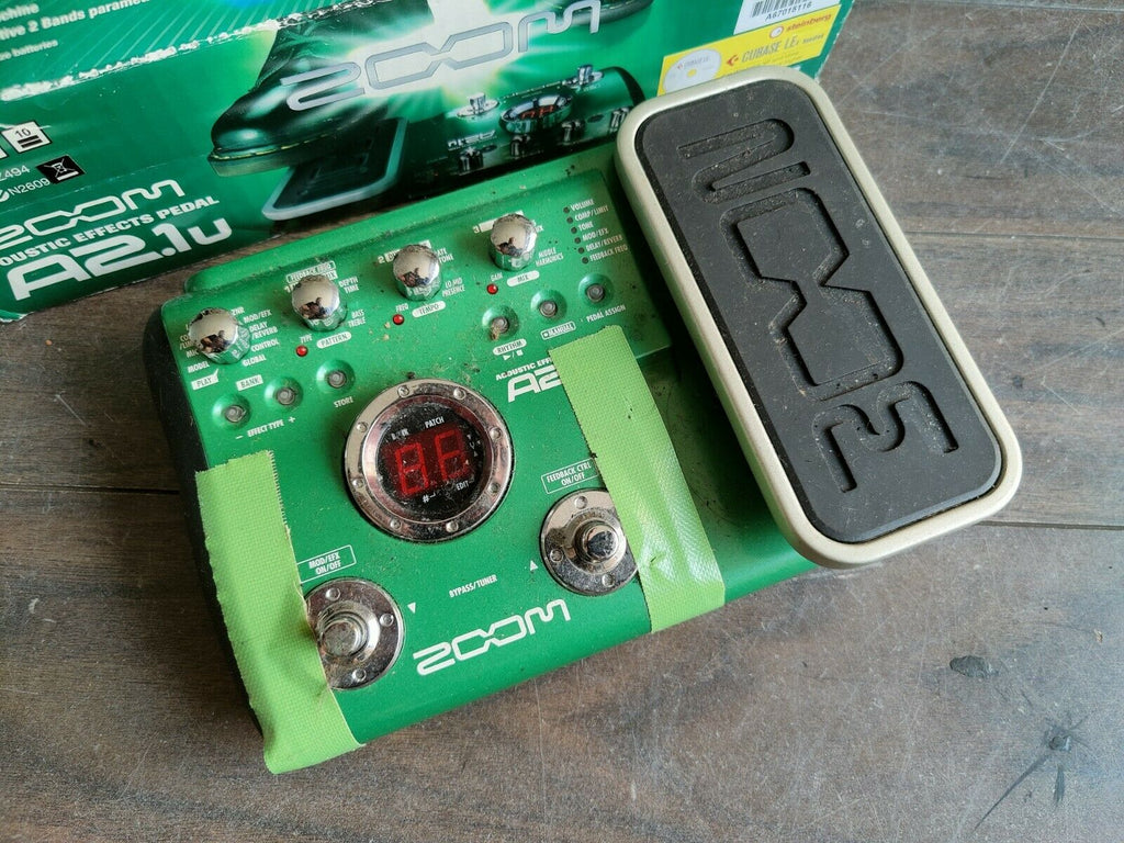 ZOOM A2.1u Acoustic Guitar Multi Effects Pedal
