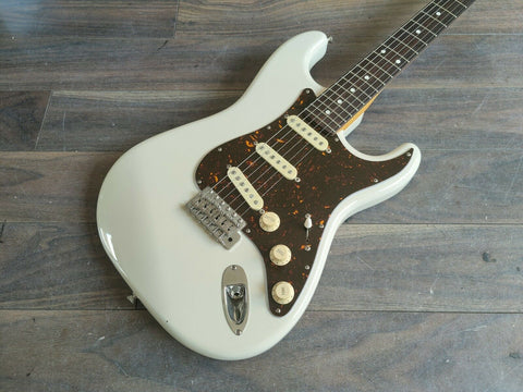 "2015 History Japan TH-SV/R (Fujigen) ""Heritage Wood"" Series Stratocaster"