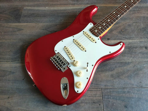 1981 Yamaha ST800R Stratocaster (Made in Japan) Candy Apple Red