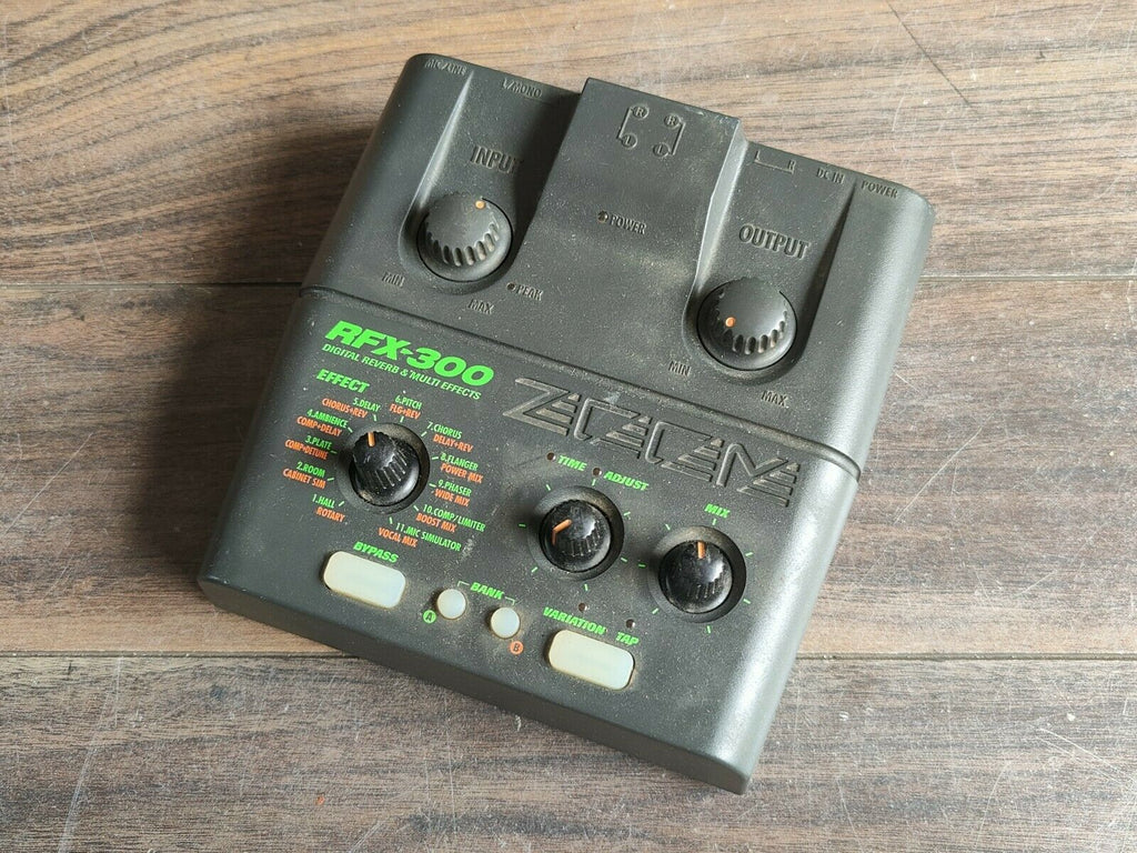 ZOOM RFX-300 Digital Reverb Guitar Multi Effects Pedal