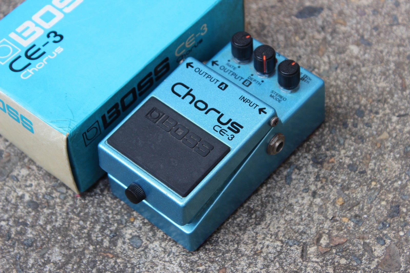 1984 Boss CE-3 Stereo Chorus MIJ Japan Vintage Effects Pedal