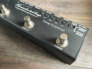 One Control Chamaeleo Tail Loop Programmable Looper (4 Loops + Tuner Out)