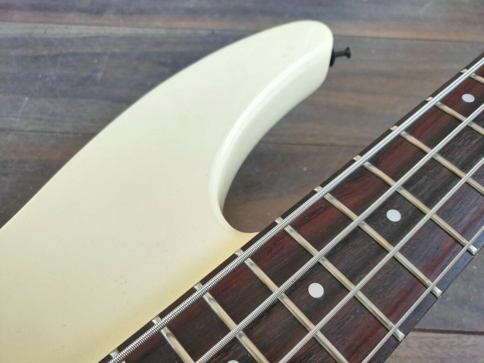 1985 Greco Japan JJB-1 Medium Scale Electric Bass Guitar (White)