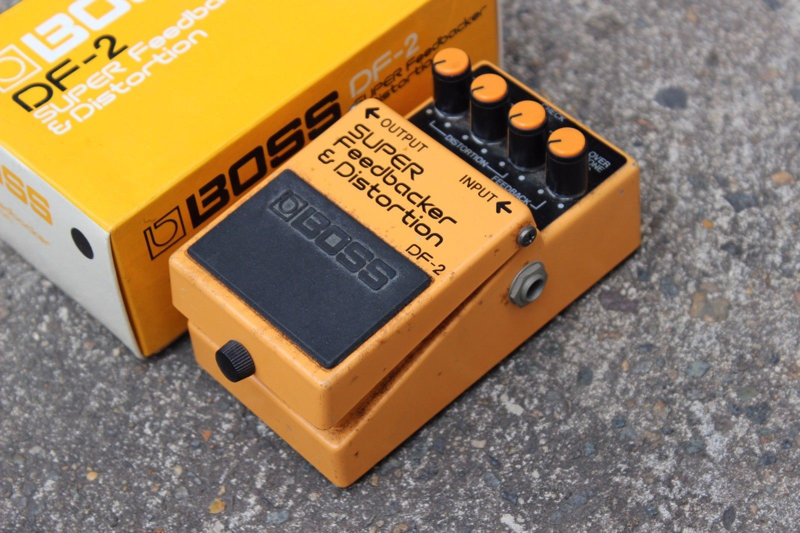 1985 Boss DF-2 Super Feedbacker Distortion MIJ Japan Vintage Effects Pedal w/Box