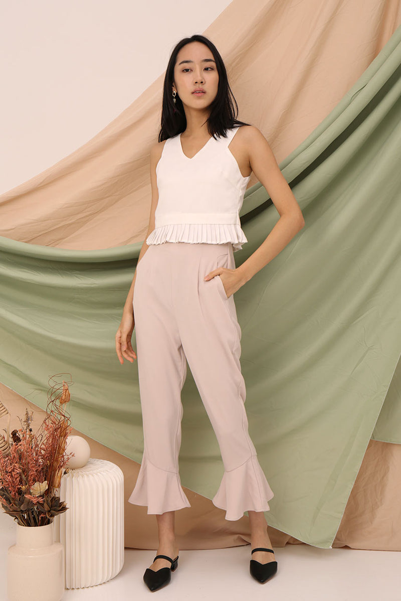 Leah Flutter Culottes #MadeByDearLyla (Cream) | Dear Lyla Singapore | Shop Women Fashion | Free Shipping to Singapore & Malaysia | Designed by DEAR LYLA, made specially for you. | Exclusively manufactured by Dear Lyla | Online Women Clothing Singapore Store Blogshop Top 10 Quality | This flattering culottes with a flutter hem is suitable for work and play.