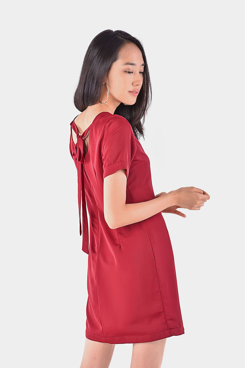 Louella Tie-back Tee Dress (Red) l Dear Lyla Singapore l Shop Women Fashion Online Shaped in the form of a t-shirt dress, with a chic tie-back design. A great combination of comfort and style.  - Concealed back zip closure - Lined - Made of soft polyester  Available in  Pink and Red.  Exclusively manufactured by Dear Lyla.