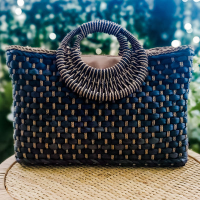 Large Bracelet Handle Straw Tote