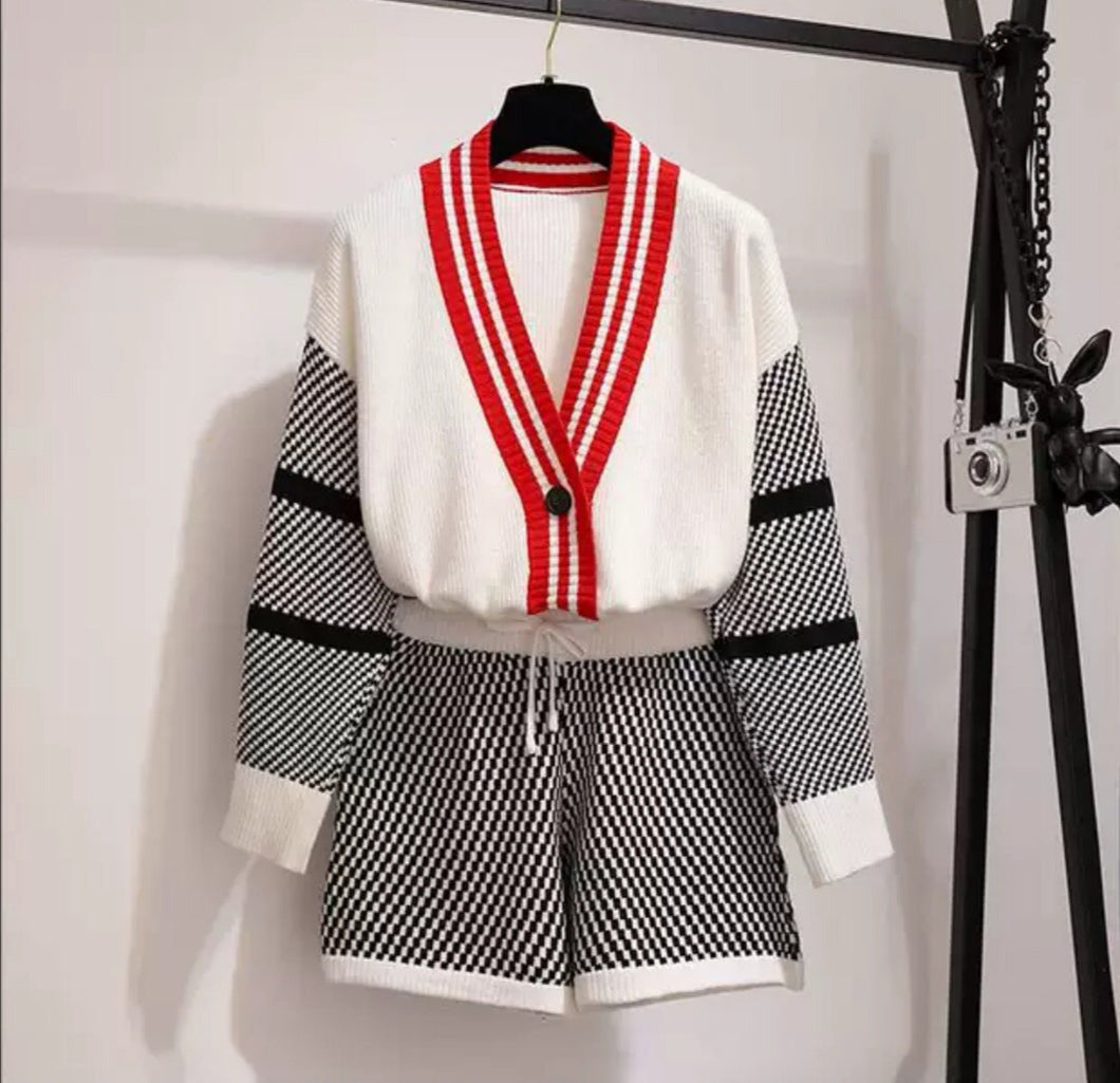 Chequered Cream Knitted Cardi Short Set