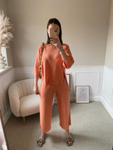 Load image into Gallery viewer, Bella Knit Set Coral