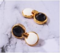 TRACEY CHEN | GEOMETRY LONG EARRING OF BIG CIRCLE BLACK BURMA JADEITE (GOLD) | G167