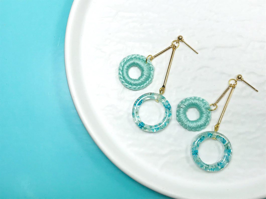 HEI THERE | DOUBLE DONUT EARRINGS (BABY BLUE) | H439