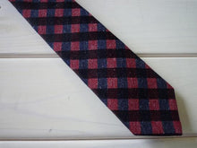 Load image into Gallery viewer, HADACHU ORIMONO | Silk Neck Tie | NTM-128