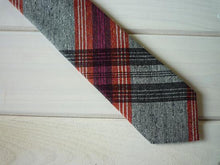 Load image into Gallery viewer, HADACHU ORIMONO | Silk Neck Tie | NTM-309