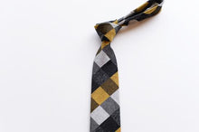 Load image into Gallery viewer, HADACHU ORIMONO | Silk Neck Tie | NTM-630
