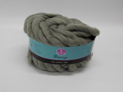 500g BUMP YARN GREY