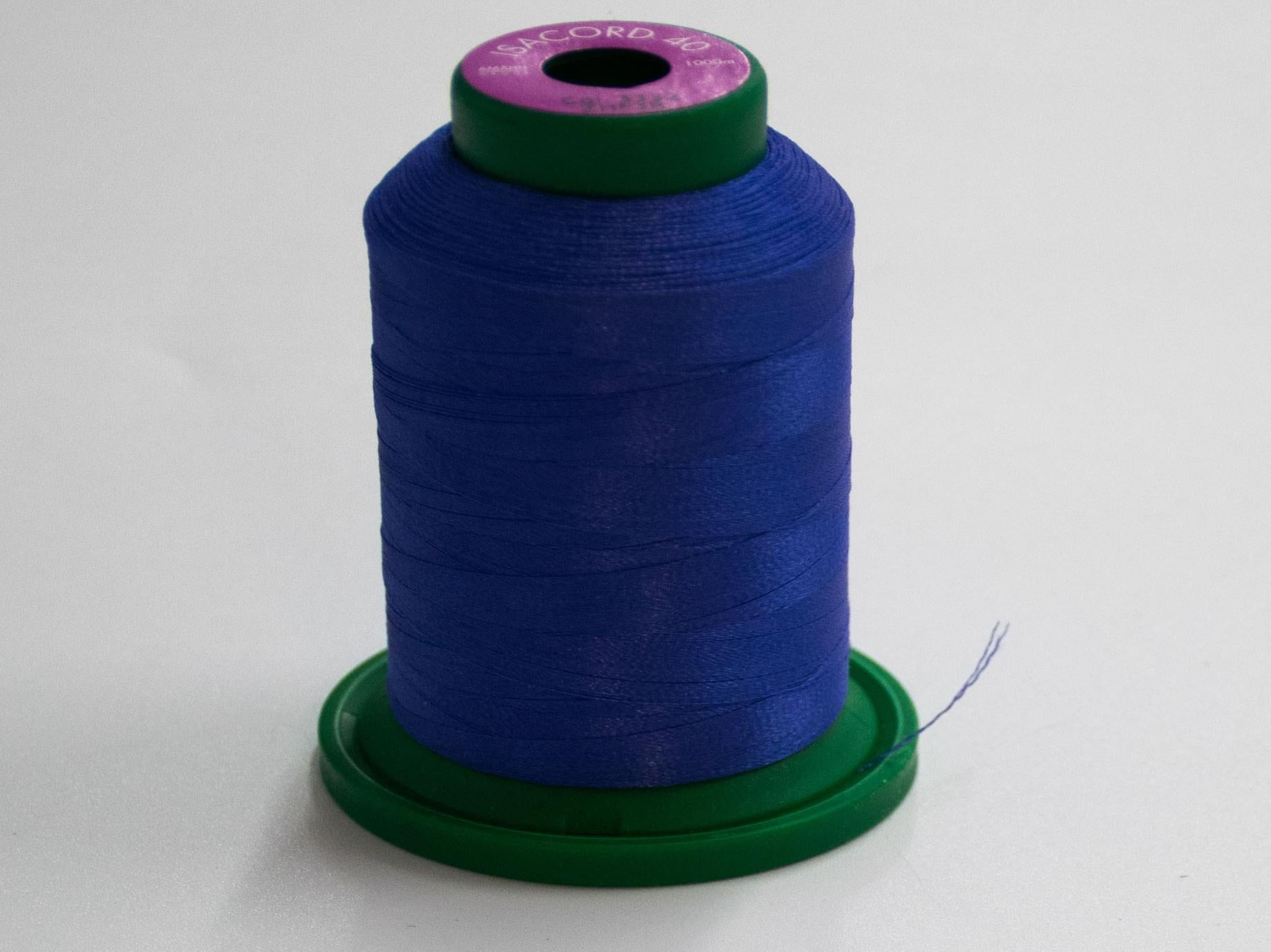 1000m ISACORD EMBROIDERY  THREAD PURPLE