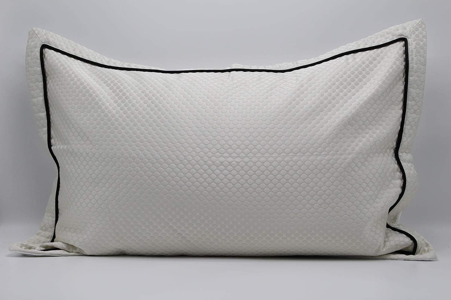 BLACK LINE BEAUTIFUL WHITE  PILLOWS- ANGIE HOMES ANGIE HOMES