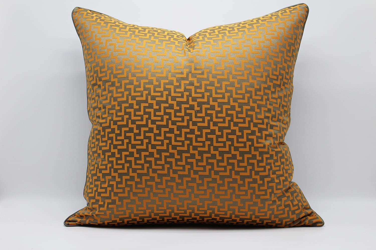 GUCCI BEST GOLDEN PILLOWS & CUSHION- ANGIE HOMES ANGIE HOMES
