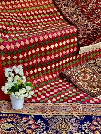 HADISH RED- KASHMIR - CARPET- ANGIE'S INDIA ANGIE KRIPALANI DESIGN - ANGIE HOMES- ANGIES INDIA