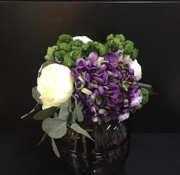 PURPLE AND GREEN MINI TABLE - FLOWER ARRANGEMENT ANGIE HOMES