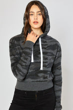 Load image into Gallery viewer, Women's Basic Camo Fleece Cropped Pullover