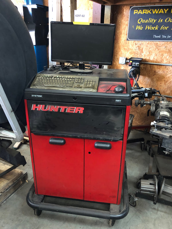 USED Hunter R811 with 600 Sensors - Alignment System