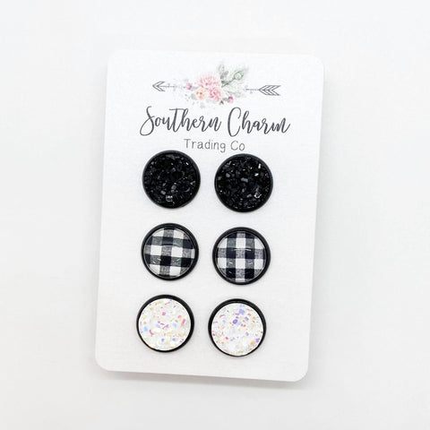 12mm Black/White Buffalo Plaid/White in Black Settings