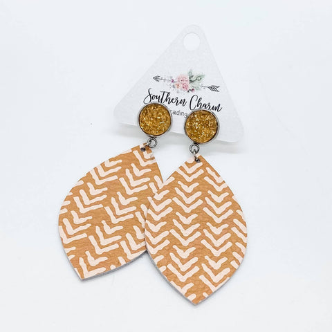 "3"" Apricot Sparkles & Apricot Arrow Dangles"