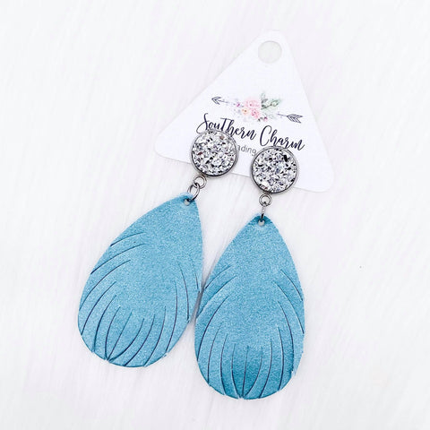 "2.5"" Silver & Shimmer Blue Feather Dangles (Leather)"