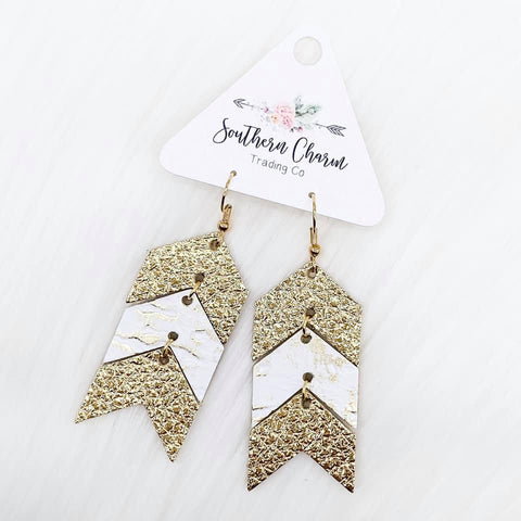 "Metallic Gold/Gold & White Driftwood/Metallic Gold Mini Arrows Dangles (2.5"")"