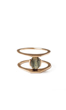 Load image into Gallery viewer, Zaun Ring with Green Zebra Agate