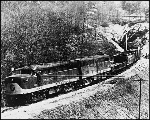 TC Alco Diesel Engine No. 803 at Rockwood Tunnel