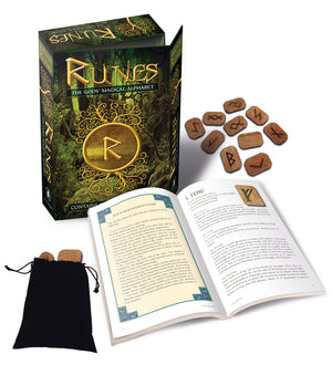 Runes: The Gods' Magical Alphabet Box Kit (Bianca Luna)