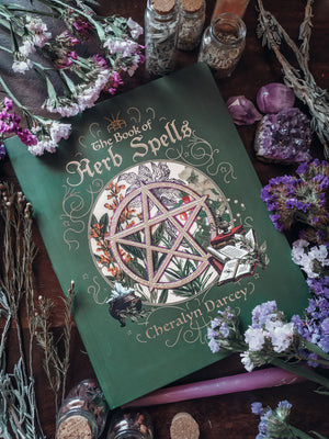 The Book of Herb Spells (Cheralyn Darcey)