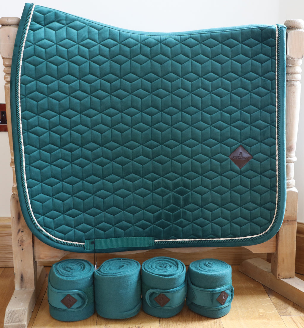 Kentucky Dark green velvet dressage set