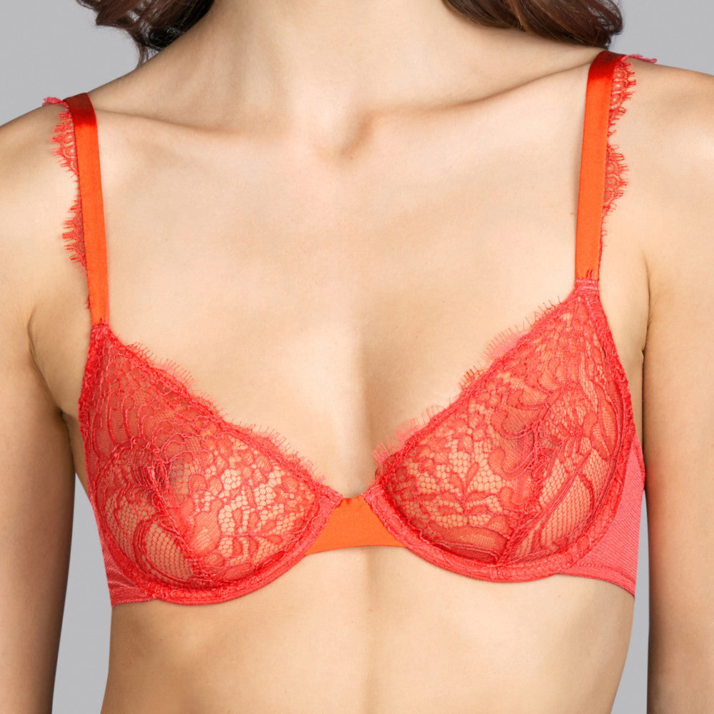 The Andres Sarda Love Bra Wired Bra without padding with a soft tulle lining for extra support. Luxurious straps in laminated satin.  Dreamy combination of silk and two types of lace.  Care: Hand wash