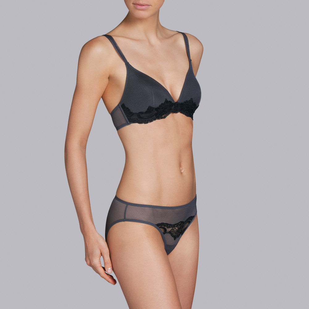 PADDED WIRELESS BRA Andres Sarda Eden Padded Triangle Bra without underwires with interior cups that shape the breasts. Grey anthracite with a black lace strip. An elegant, wearable colour combination.