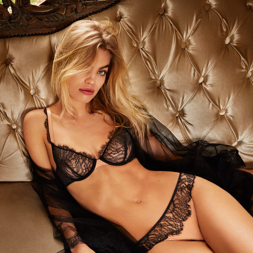 london-lingerie-notting-hill The Andres Sarda Love Bra Wired Bra without padding with a soft tulle lining for extra support. Luxurious straps in laminated satin.  Dreamy combination of silk and two types of lace.  Care: Hand wash