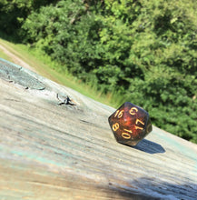Load image into Gallery viewer, Caleb Inspired Color Shifting Handmade D20 Dice