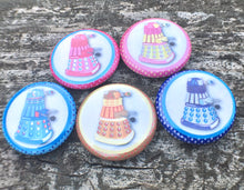 Load image into Gallery viewer, Cute n' Colorful Dalek Pin Set