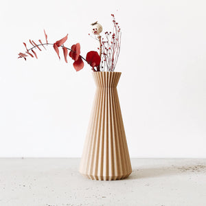 Ishi Vase, Natural | Curious Makers