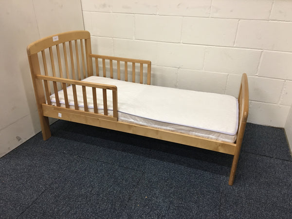 new style 57421 666e9 John Lewis Toddler Bed