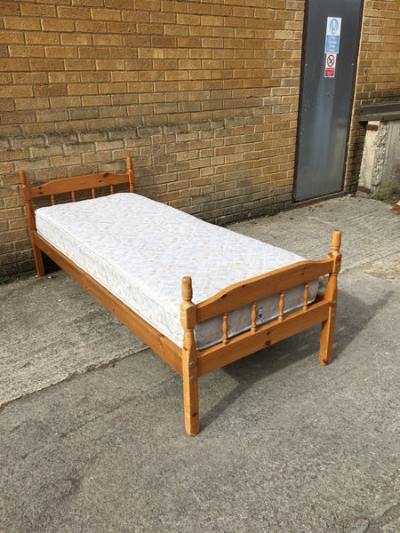 Pine Small Single Bed Frame And Mattress Furniture Bank