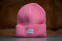 Laden Sie das Bild in den Galerie-Viewer, CREW Beanie [pink]